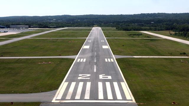 Bild:Flugplatz / Landeplatz Haftpflichtversicherung | ASCAIR Flugzeug Versicherung Luftsportverein